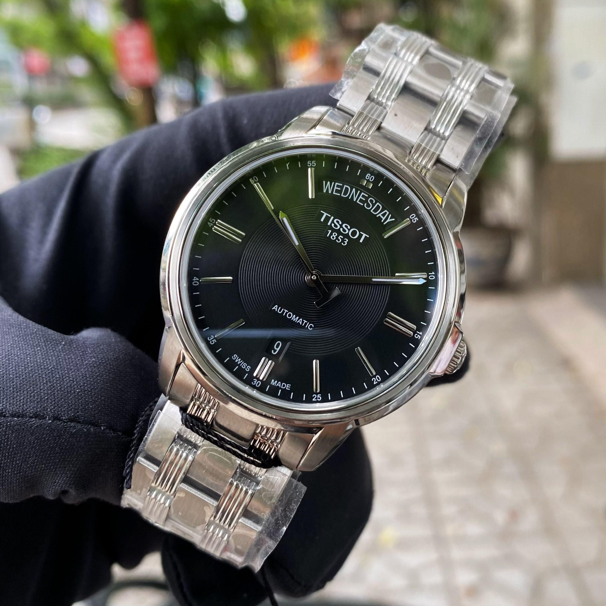 Đồng Hồ Nam Tissot T-Classic DayDate T065.930.11.051.00